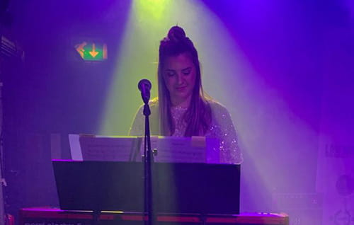 Jazmin Brown on keys